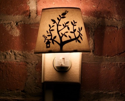 tweettweet-lamp-night
